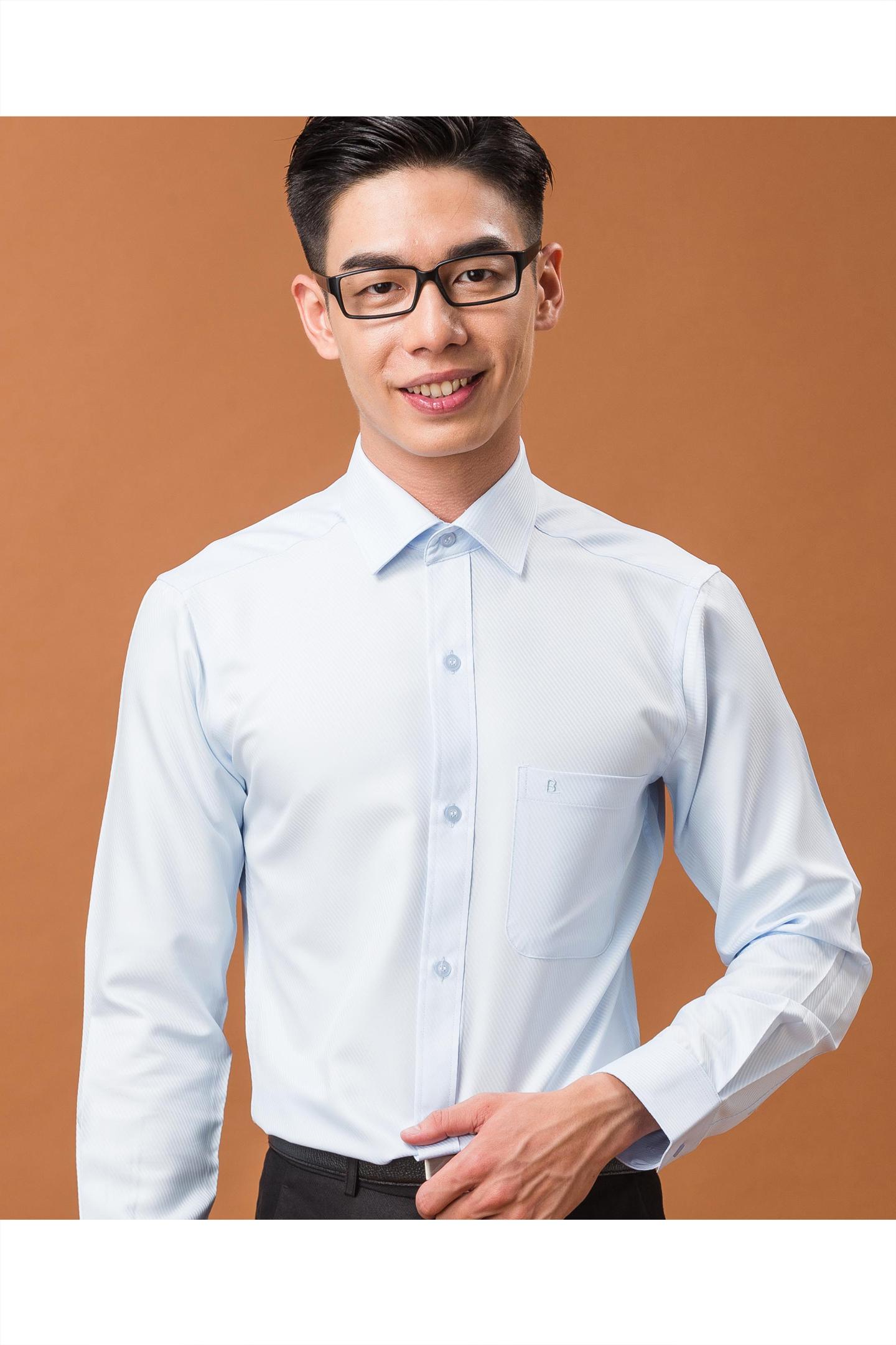 水藍雙斜紋長袖襯衫/抗皺 吸濕排汗