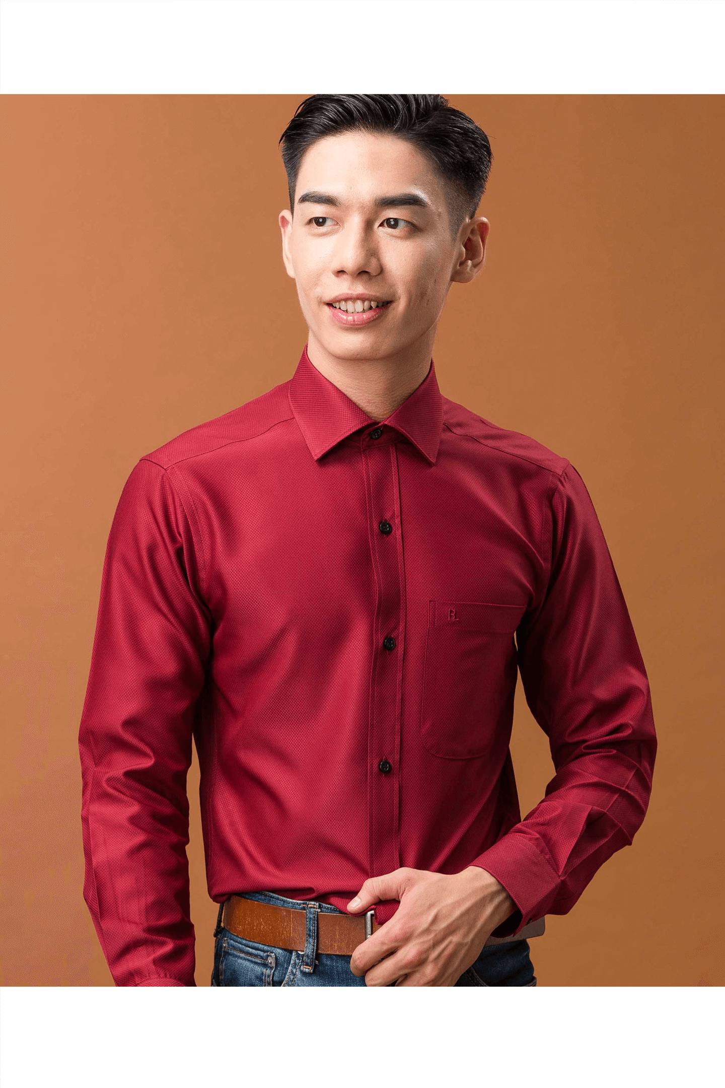 暗紅色細格紋素面長袖襯衫/抗皺 吸濕排汗<br />