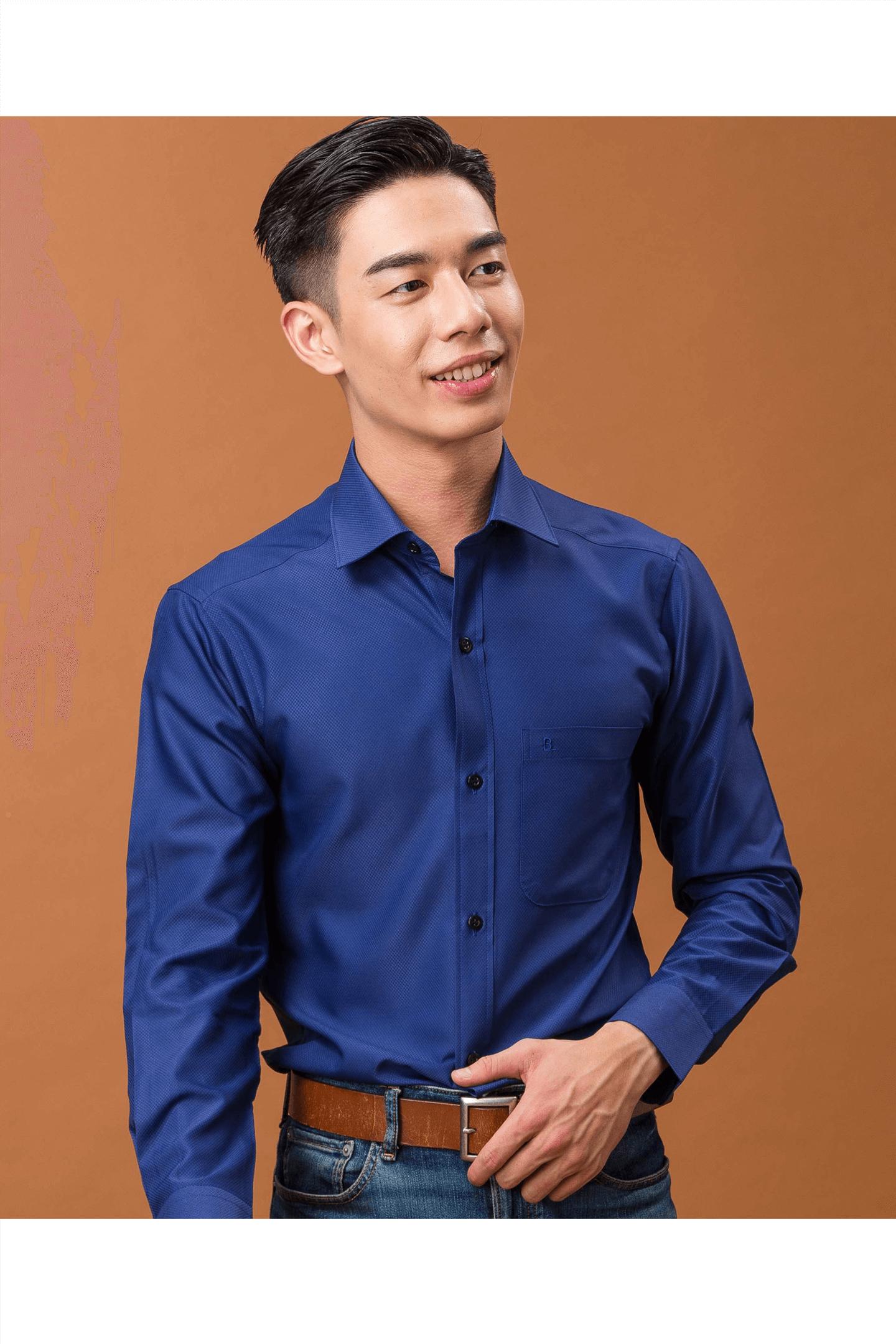 深藍色細格紋素面長袖襯衫/抗皺 吸濕排汗<br />