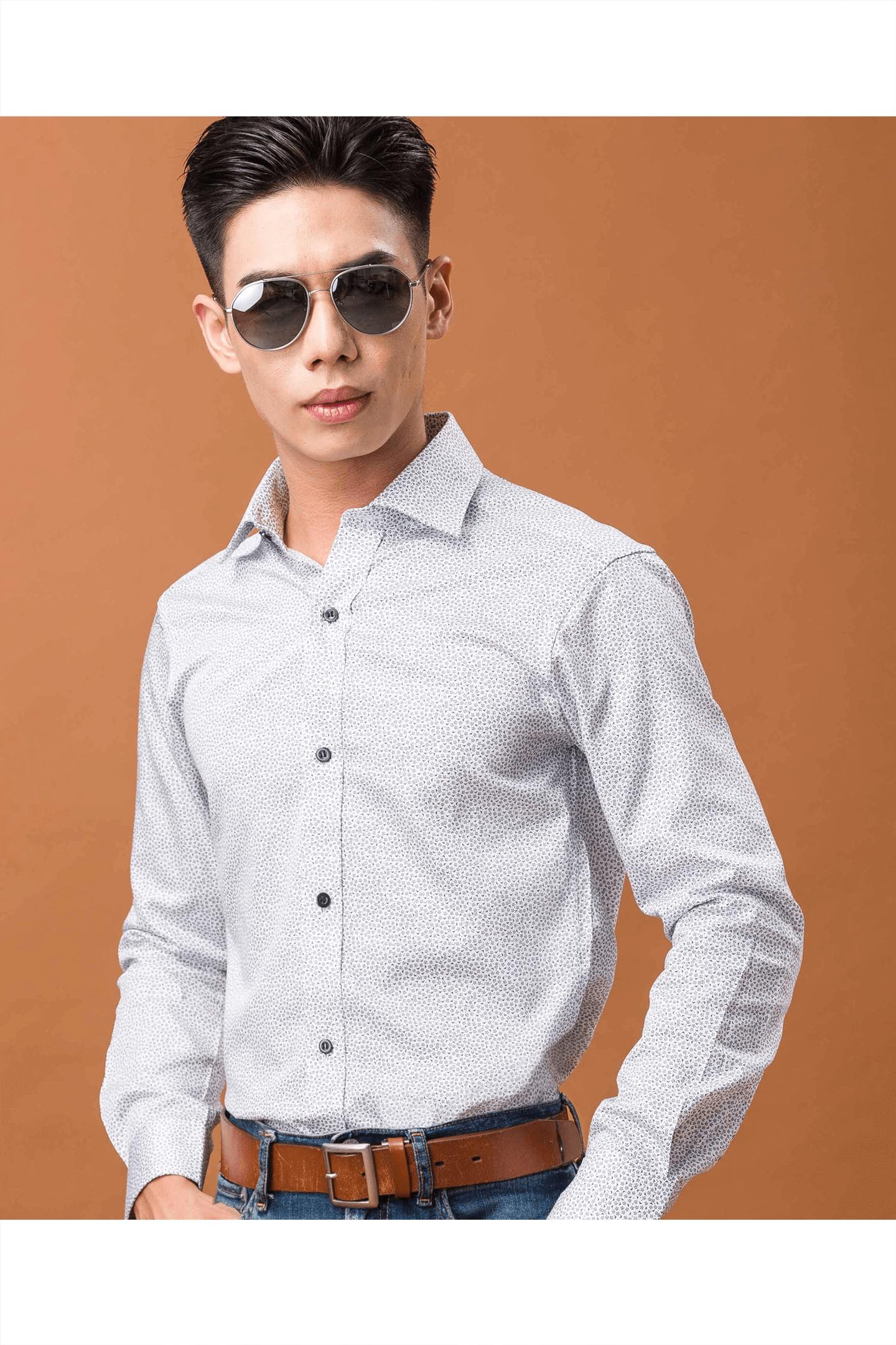 白色印花純棉長袖襯衫/舒適透氣<br />